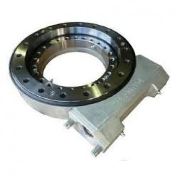 Rotary conveyor and solar tracker use single-row ball slewing ring bearing